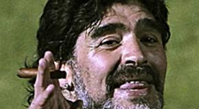 Personajes del Mundial: Hoy, el atípico entrenador Maradona