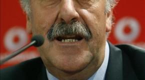Del Bosque, campeón del Mundo de fútbol, un bluff para J.Ruiz
