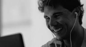 'Cerca', la nueva campaña del Banco Sabadell con Rafael Nadal y John Carlin